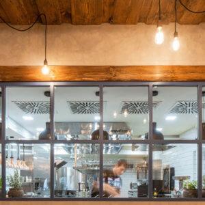 Kuchyně - Restaurace - Angusfarm Soběsuky